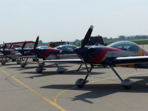 Flying Bulls XA 42